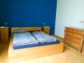Bett aus Eichenholz