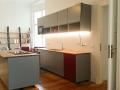 farbige Küche mit Bora Kochfeld