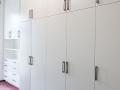 Büroausbau-unterschiedlich-grau-beschichtet