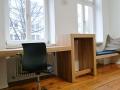 Büroausbau-Sitzbank-Stehpult-Schreibtisch-Eiche