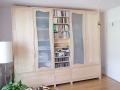Kleiderschrank-mit-verschiebbarem-Bücherregal-aus-AhornJPG_08