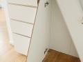Raumteiler-Dachboden-beidseitig-benutzbar-mit-Schiebetür_4