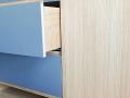 Küche-Tischlerplatte-Eiche-mit-Linoleumfronten-und-Imibetonarbeitsplatte-mit-LED-Beleuchtung_05