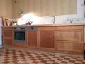 Küche aus Kirschbaum und Ahornarbeitsplatte